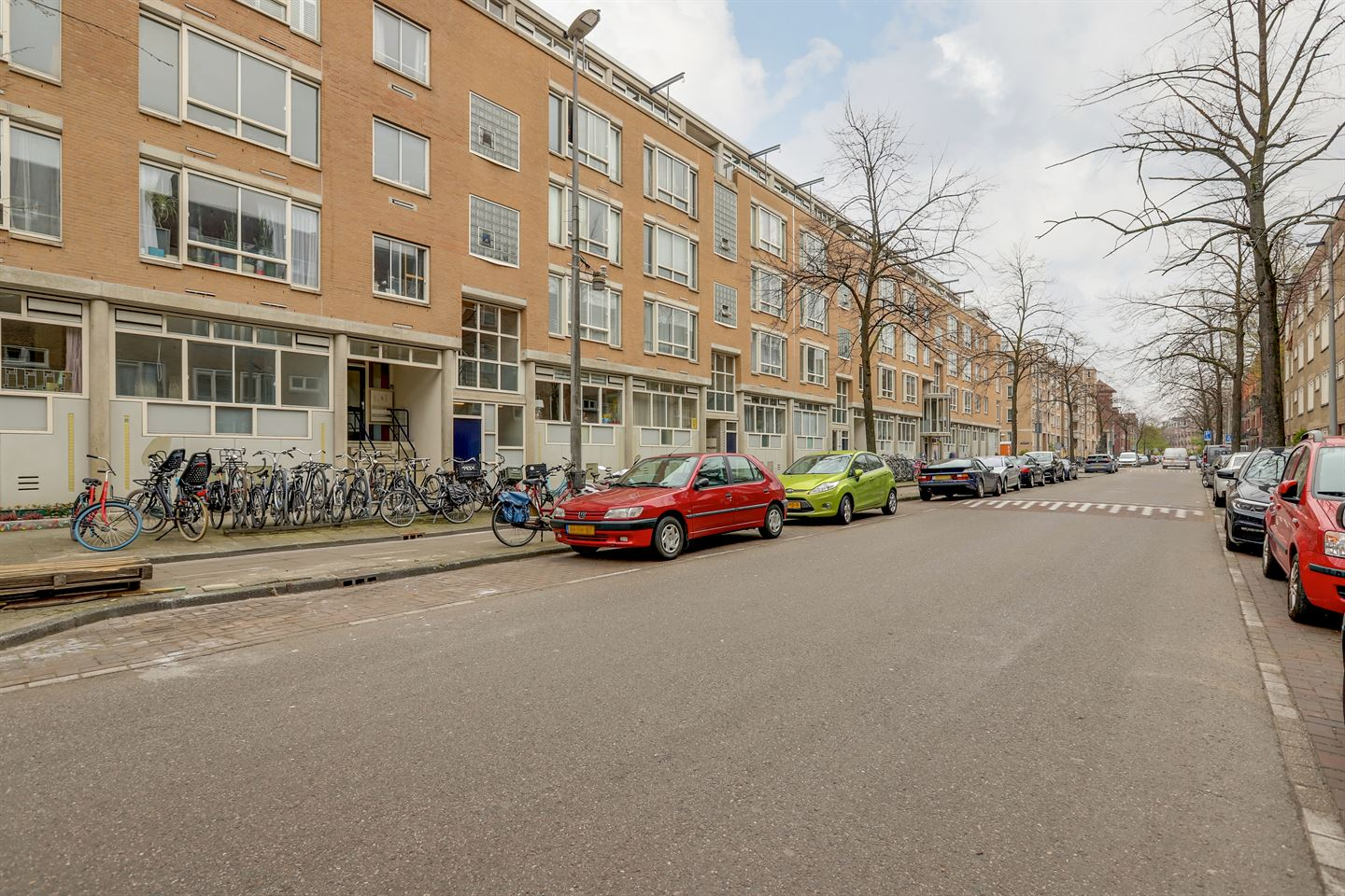 View photo 3 of Lutmastraat 34 -A