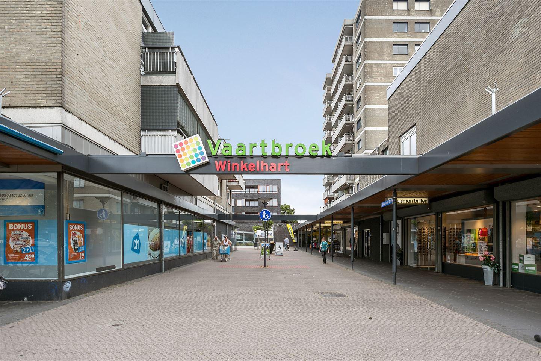 Bekijk foto 2 van Wijngaardplein 26