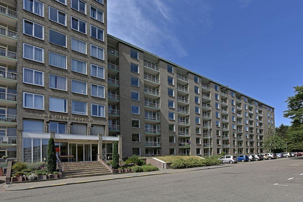 Bekijk foto 2 van Arnhemse Bovenweg 16 41