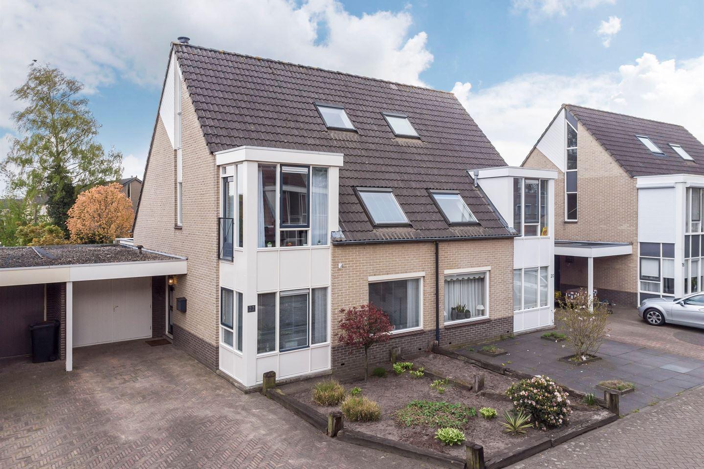 Bekijk foto 1 van Cornelis Jolstraat 22