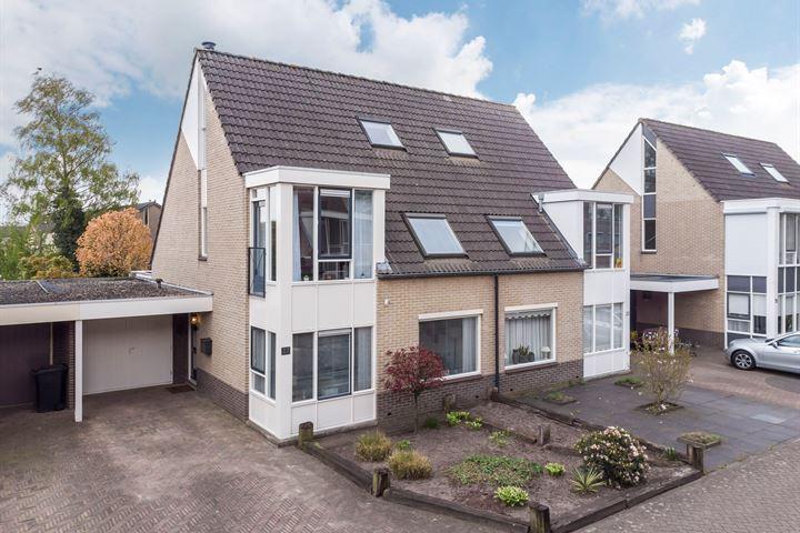 Cornelis Jolstraat 22