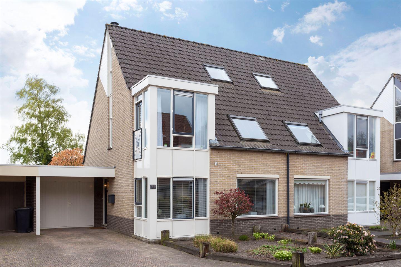 Bekijk foto 2 van Cornelis Jolstraat 22