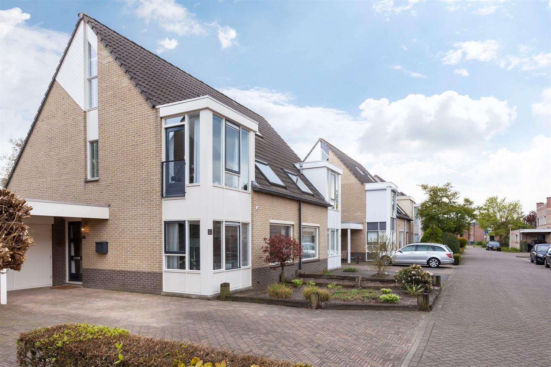 Bekijk foto 3 van Cornelis Jolstraat 22