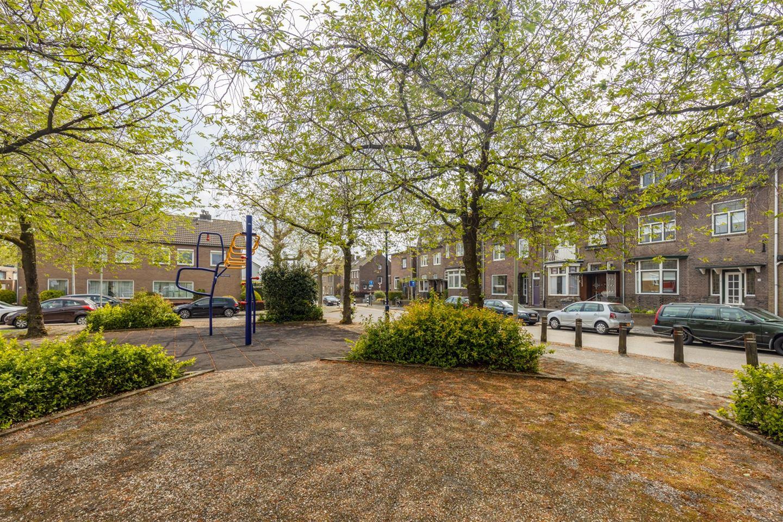Bekijk foto 4 van Pastoor Vonckenstraat 57