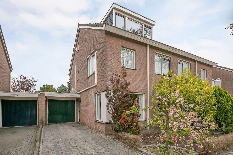 Bekijk foto 1 van Oldenzaalsestraat 261