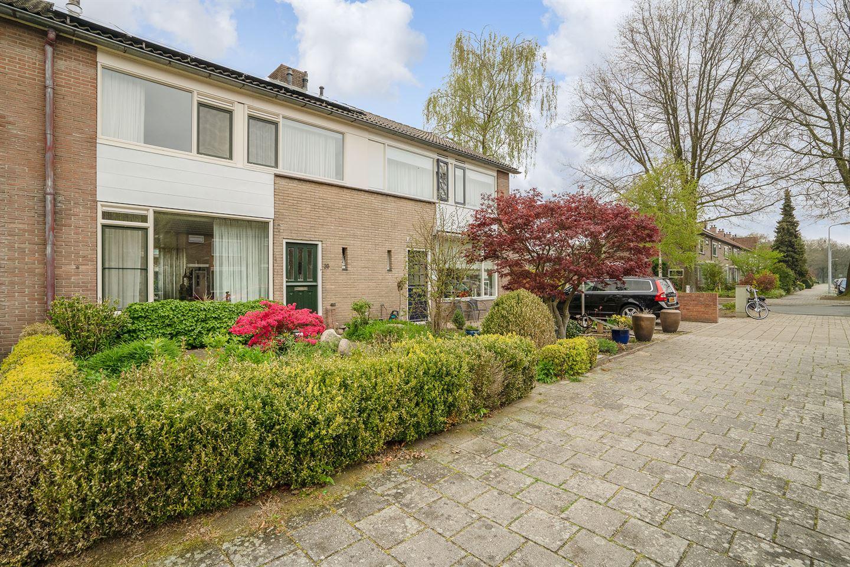 Bekijk foto 2 van Frederik van Eedenstraat 36