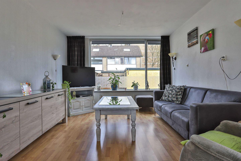 Bekijk foto 2 van Briljantstraat 49