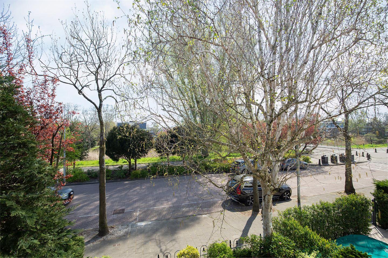 Bekijk foto 4 van Van der Boechorststraat 72