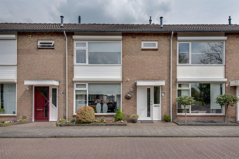Bekijk foto 1 van Abraham Bloemaertstraat 21