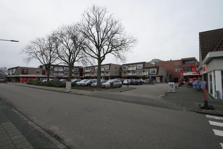 Bekijk foto 3 van Julianaplein 9