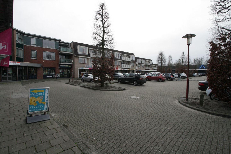 Bekijk foto 4 van Julianaplein 9