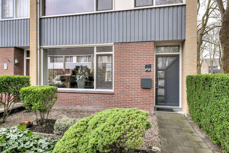 View photo 3 of Wagenaarstraat 25