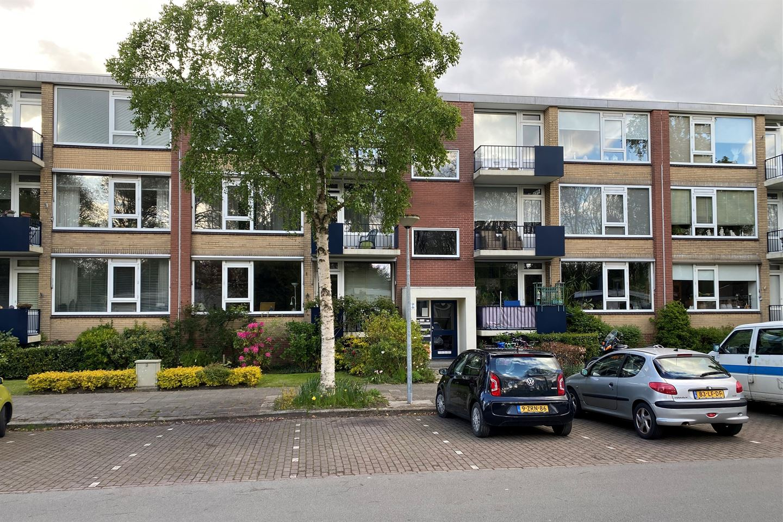 View photo 1 of Thorbeckelaan 158