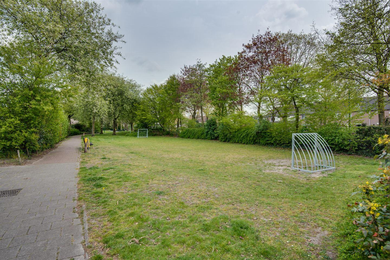 Bekijk foto 5 van Abraham Bloemaertstraat 21