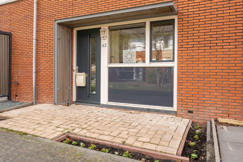 Bekijk foto 5 van Asterixstraat 62
