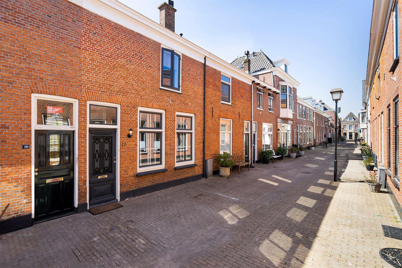 Bekijk foto 1 van Voorhofstraat 17