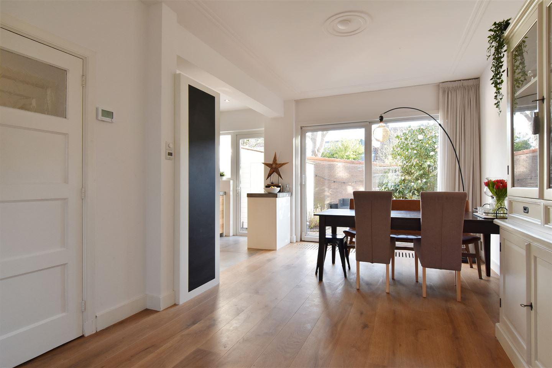 Bekijk foto 3 van Oostvlietstraat 10