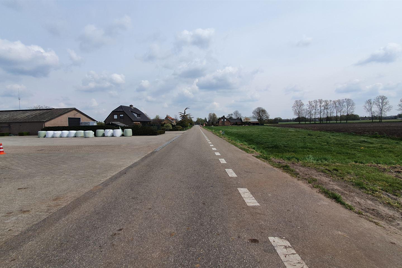 View photo 4 of Prof. H. van der Hoevenstraat 5 B nabij
