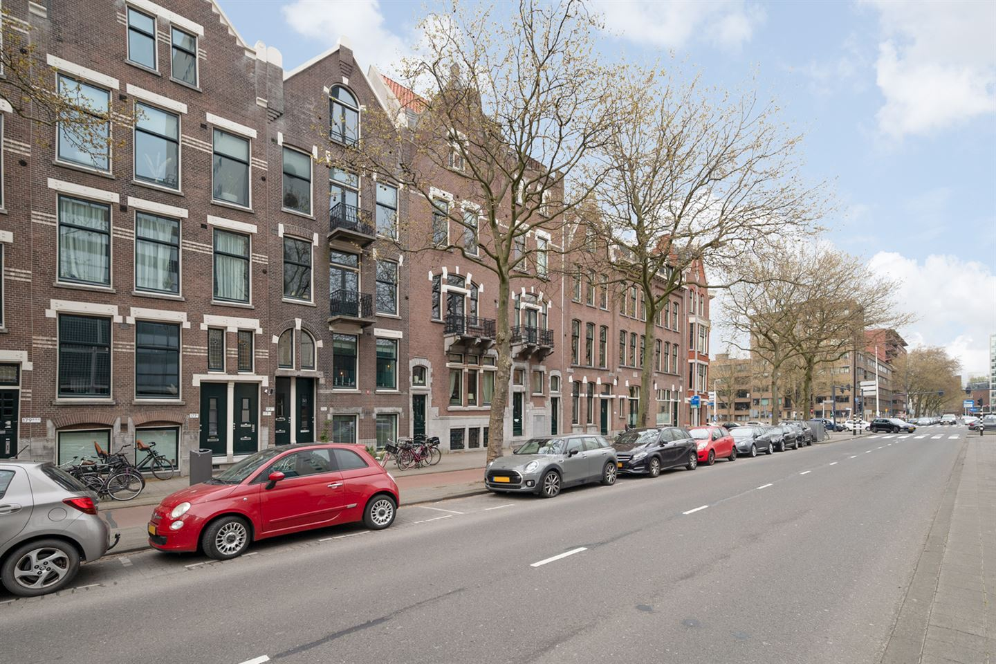 View photo 2 of Rochussenstraat 175 a