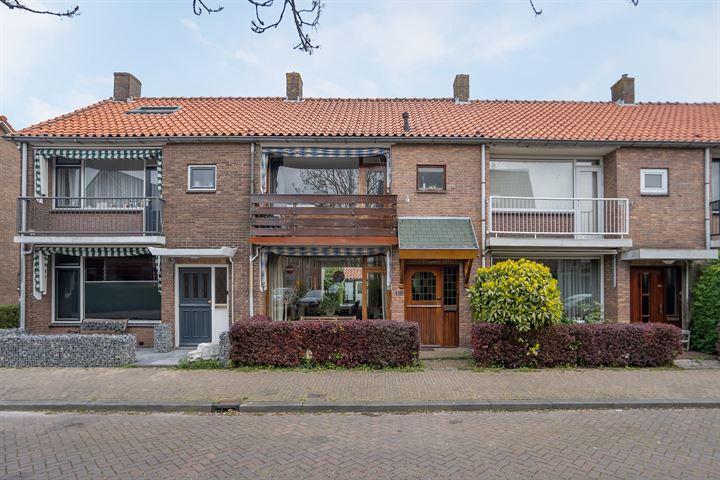 De Ruyterstraat 118