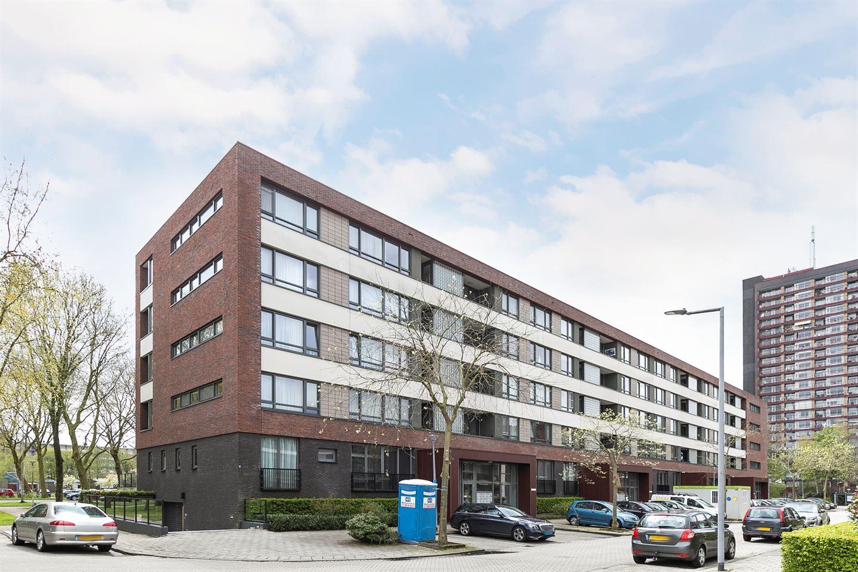 View photo 1 of Van Heukelomstraat 246