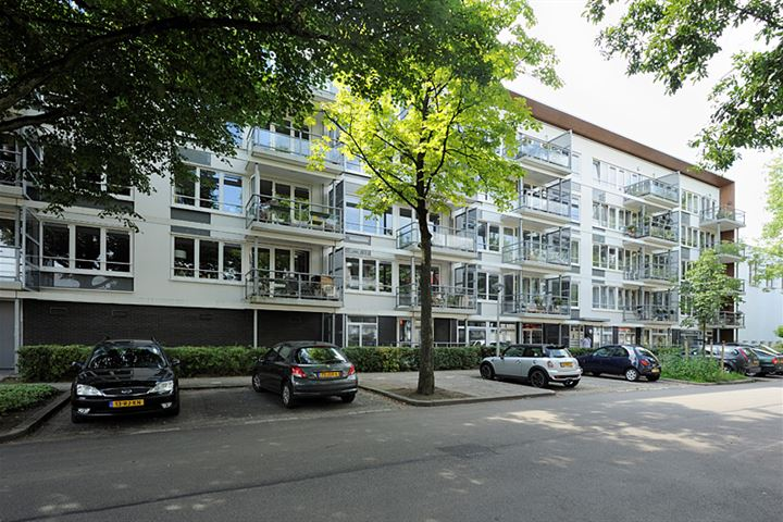 G.A. van Nispenstraat 73