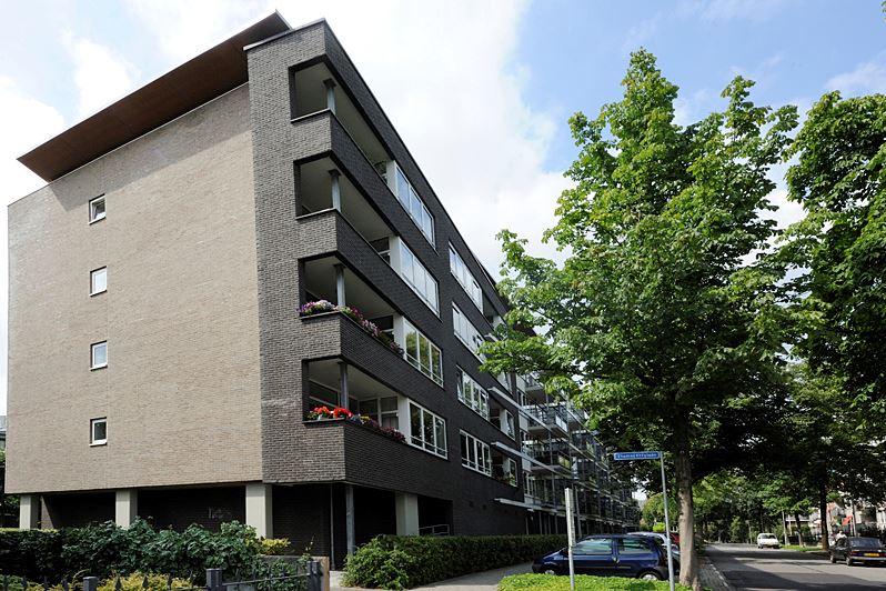 Bekijk foto 2 van G.A. van Nispenstraat 73