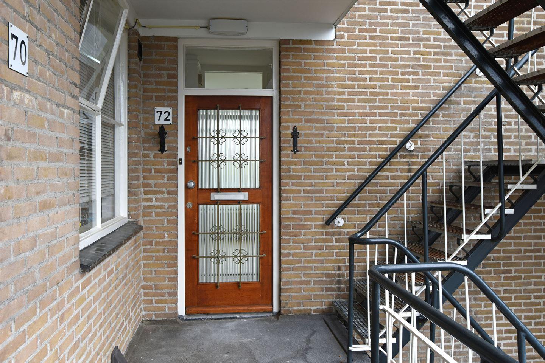 Bekijk foto 2 van Julianaplein 72
