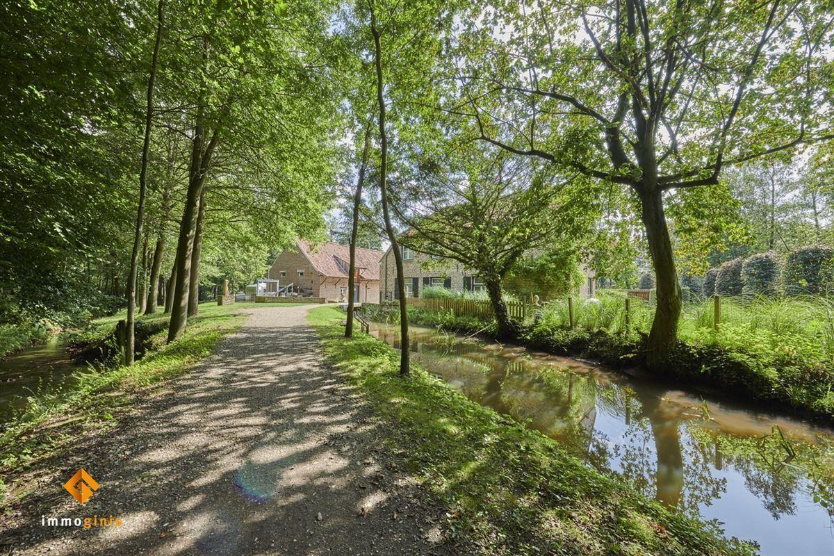 View photo 2 of Hoogmolenweg 15