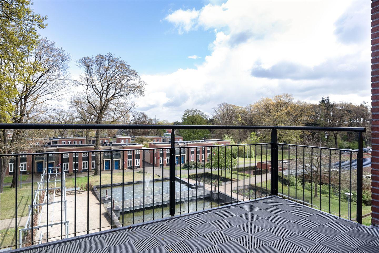 View photo 4 of Rhenendael 112
