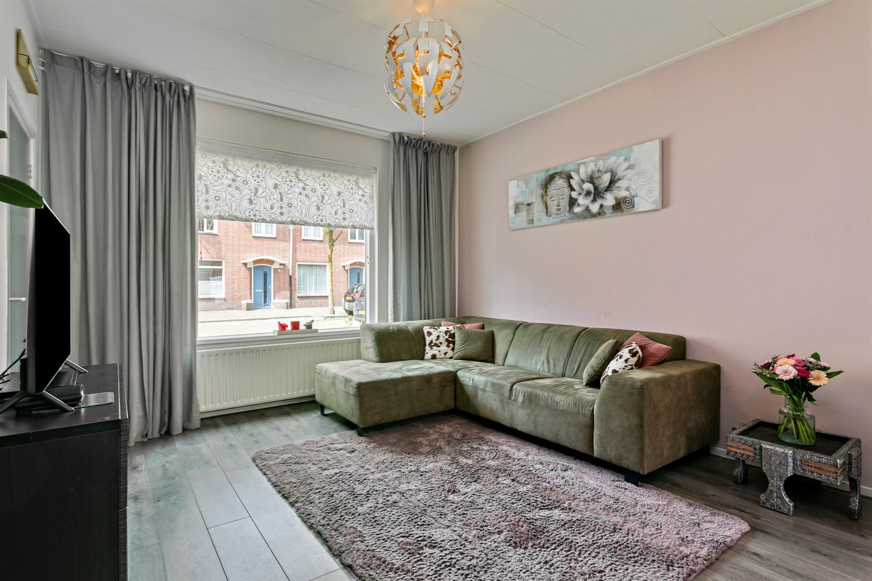 View photo 2 of Ahornstraat 50