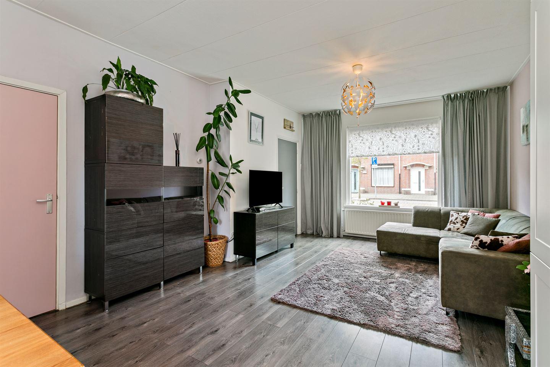 View photo 4 of Ahornstraat 50
