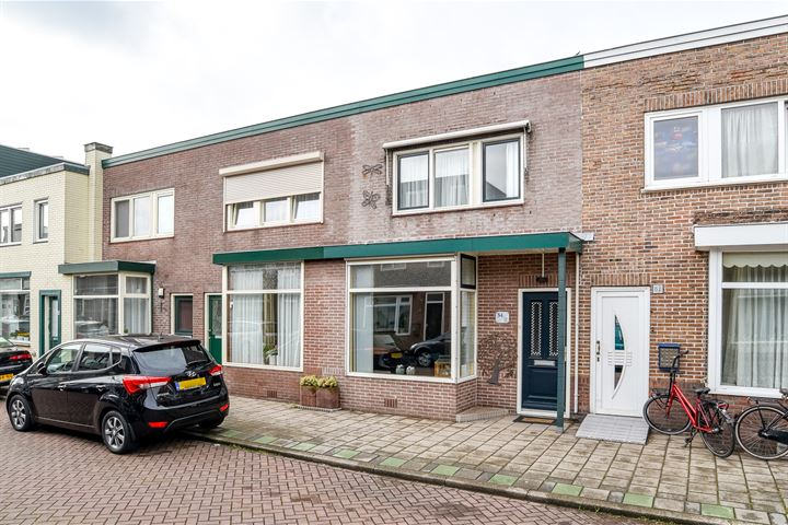 De Ruyterstraat 54