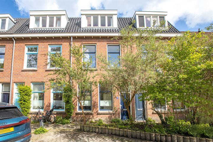 St.-Janshovenstraat 145