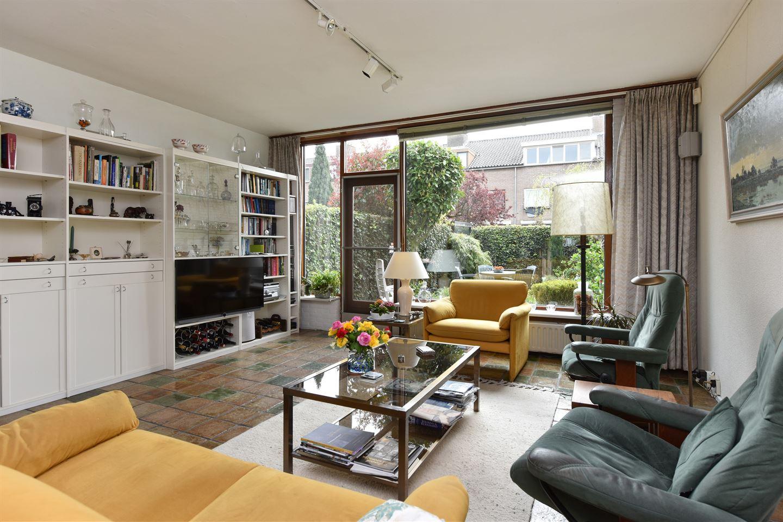 Bekijk foto 2 van Saffierstraat 227