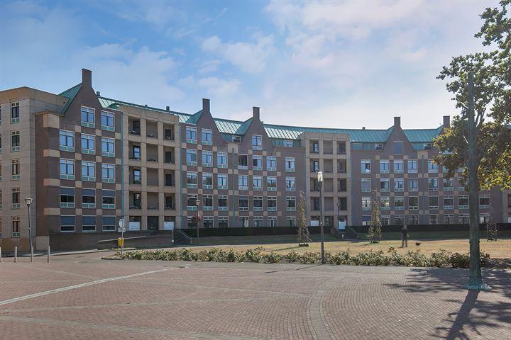 Frans Joseph van Thielpark 72