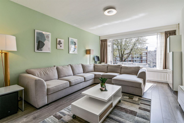 Bekijk foto 2 van Zuid-Hollandstraat 18 II