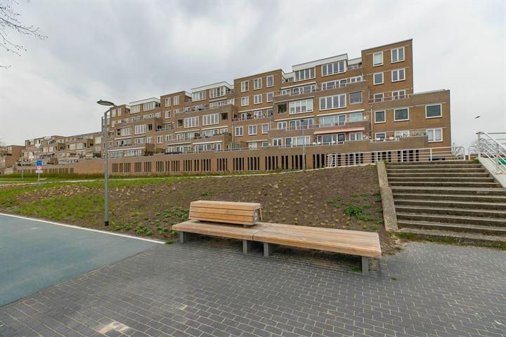 Elburgkade 66