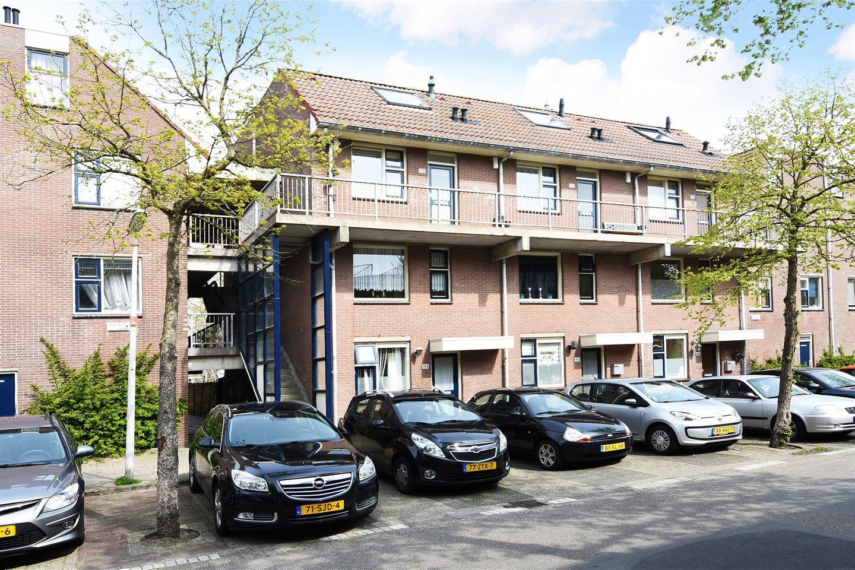 View photo 2 of Jules Massenetstraat 170