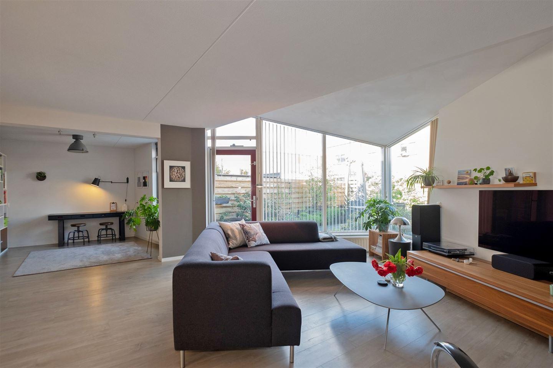 Bekijk foto 2 van Oscar Wildestraat 39