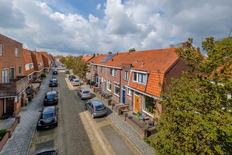 Bekijk foto 2 van van Hasseltstraat 9