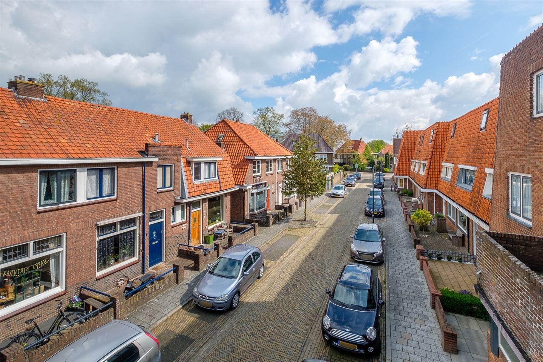 Bekijk foto 3 van van Hasseltstraat 9