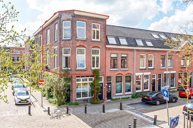 Bekijk foto 2 van M.P. Lindostraat 2 BIS