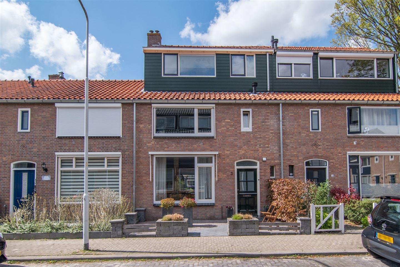 View photo 1 of Heemskerckstraat 3