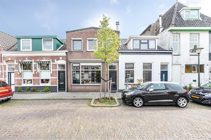 Arnold Hoogvlietstraat 91