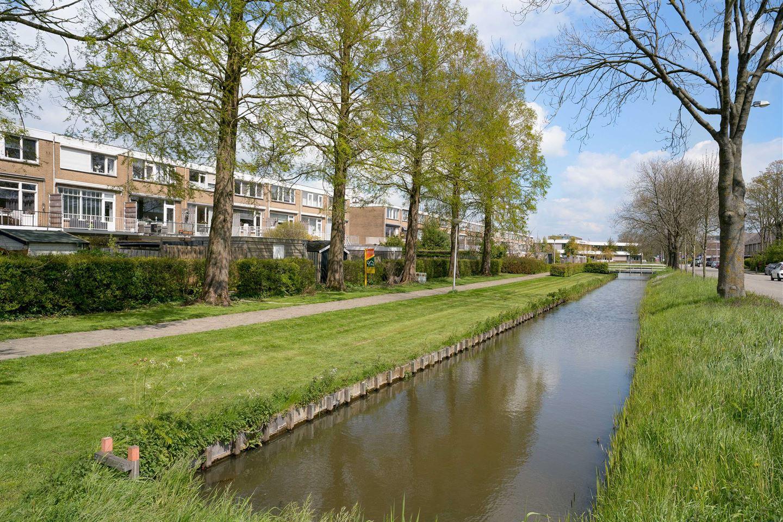 Bekijk foto 2 van Roelofsstraat 7