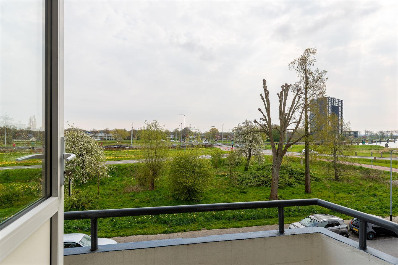 Bekijk foto 3 van Florakade 178