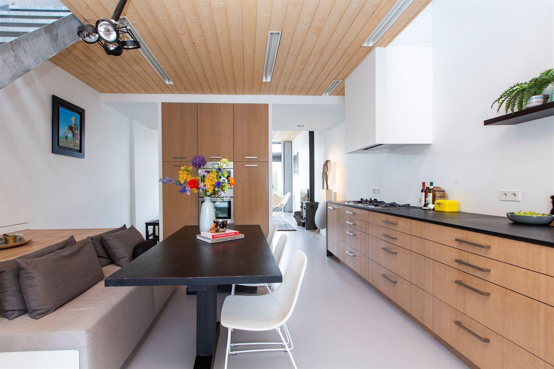 Bekijk foto 2 van Bredaseweg 252