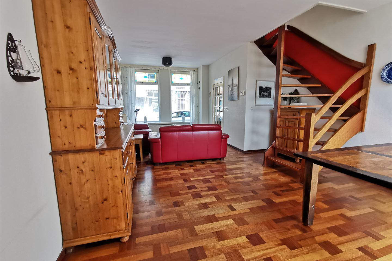 Bekijk foto 2 van Jacob van Heemskerkstraat 32