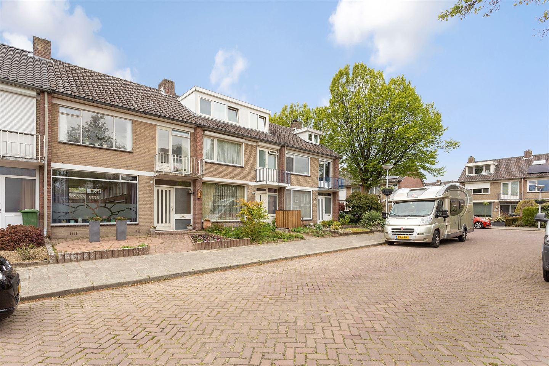 View photo 3 of Calypsostraat 23